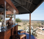 Lobo Wildlife Lodge Bar
